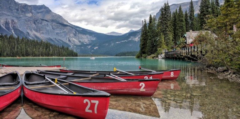 Canoes in Alberta Rocky Mountains Domestic Tourism 2020 COVID